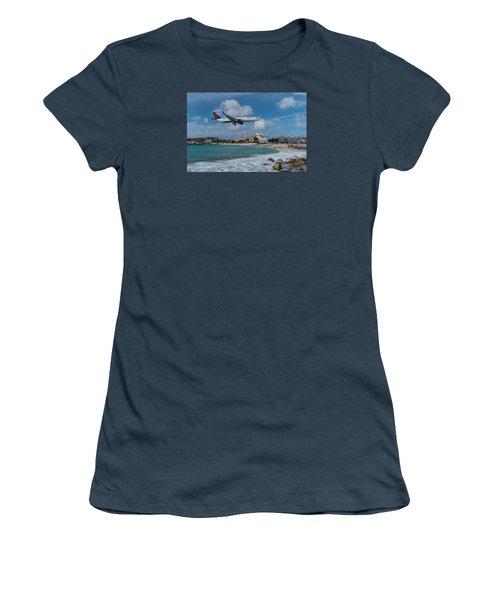 Delta Air Lines Landing At St. Maarten Women's T-Shirt (Junior Cut) by David Gleeson