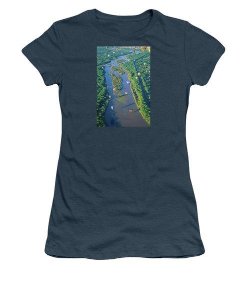 Balloons Over The Rio Grande Women's T-Shirt (Junior Cut) by Alan Toepfer