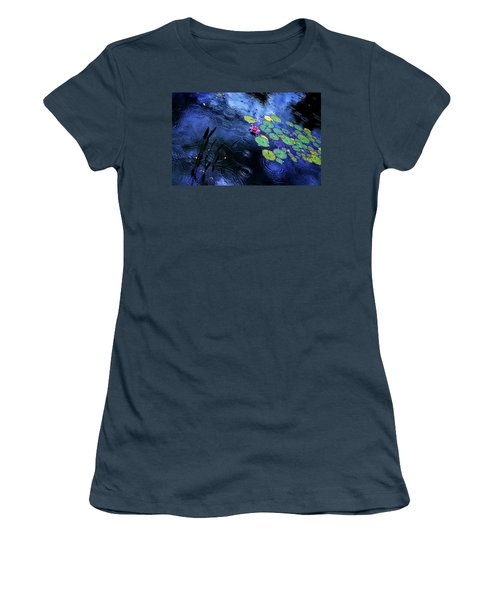 Dancing In The Rain Women's T-Shirt (Junior Cut)
