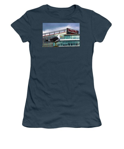 Perched Gull Women's T-Shirt (Athletic Fit)