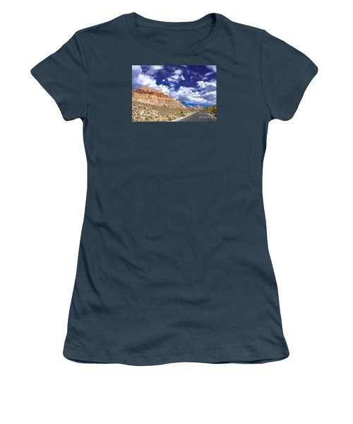 Red Rock Canyon Women's T-Shirt (Athletic Fit)