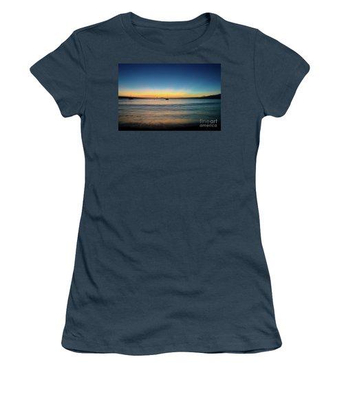 Sunset On Ka'anapali Beach Women's T-Shirt (Junior Cut)