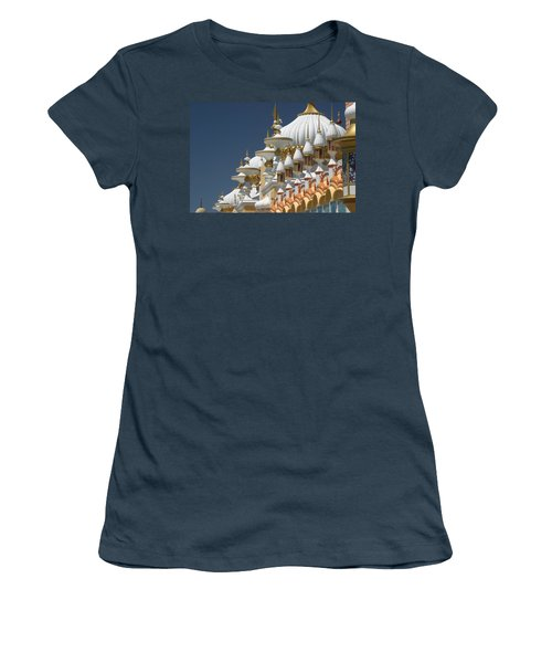 Taj Mahal Women's T-Shirt (Junior Cut) by Living Color Photography Lorraine Lynch