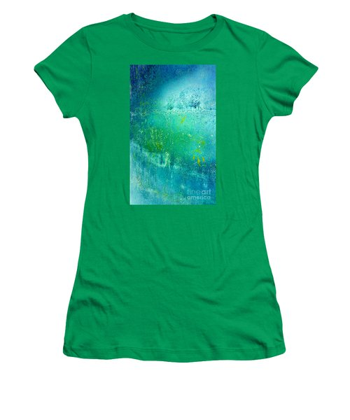 Chi Women's T-Shirt (Athletic Fit)