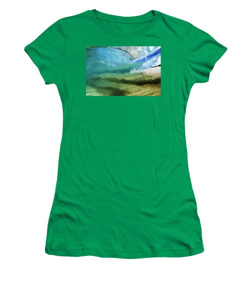 Underwater Wave Curl Women's T-Shirt (Athletic Fit)