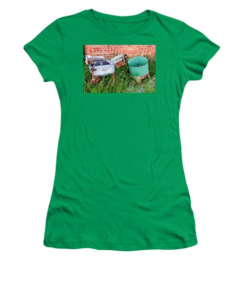 Wringer Washer And Laundry Tub Women's T-Shirt