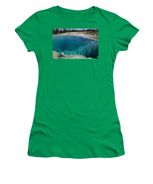 Turquoise Hot Springs Yellowstone Women's T-Shirt