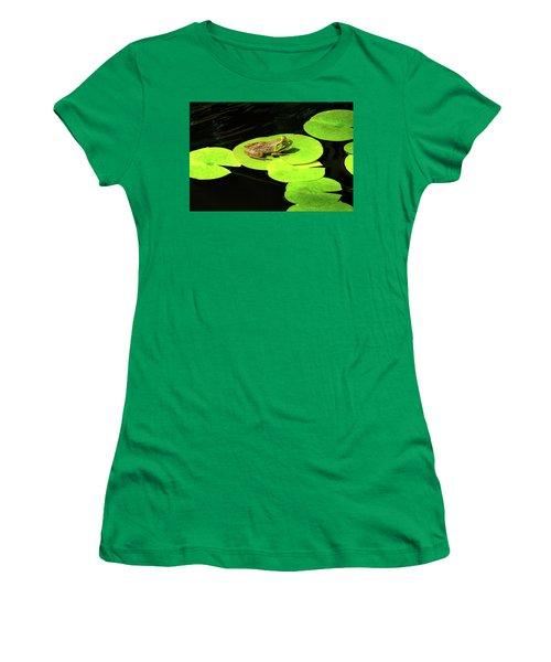 Women's T-Shirt (Junior Cut) featuring the photograph Blending In by Greg Fortier