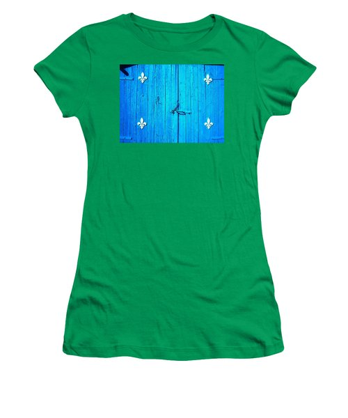 Quebec ... Women's T-Shirt