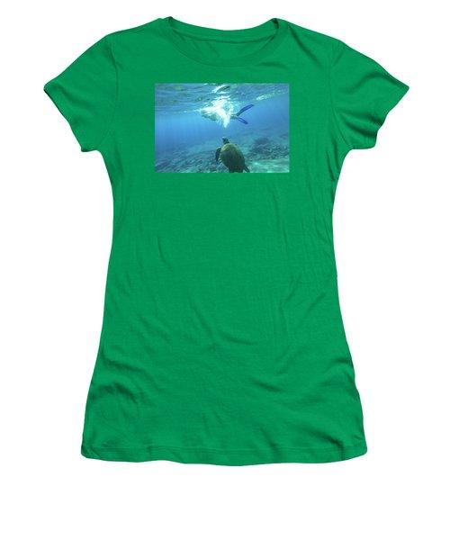 Snorkeler Female Sea Turtle Women's T-Shirt (Athletic Fit)