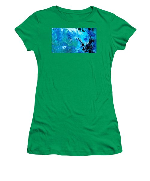 Series 2017 Women's T-Shirt (Athletic Fit)