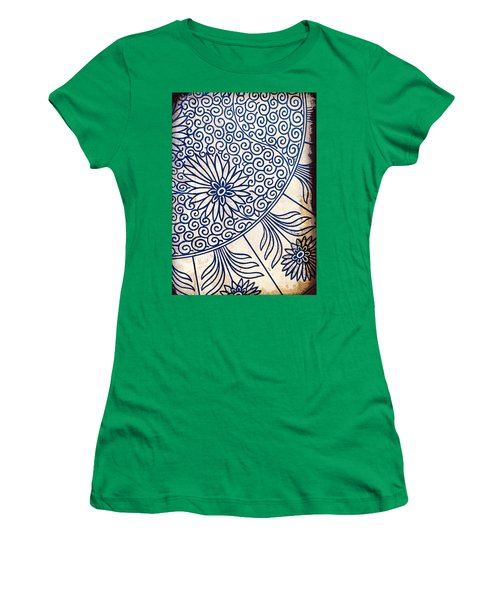 Blue Oriental Vintage Tile 01 Women's T-Shirt (Athletic Fit)