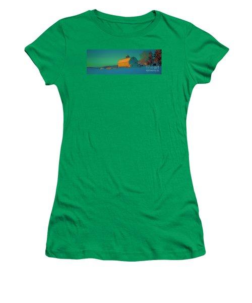 Conley Rd White Barn Women's T-Shirt