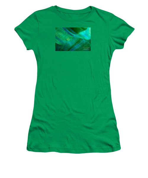Green Wave Women's T-Shirt (Athletic Fit)