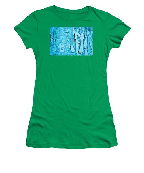 Old Blue Wood Women's T-Shirt