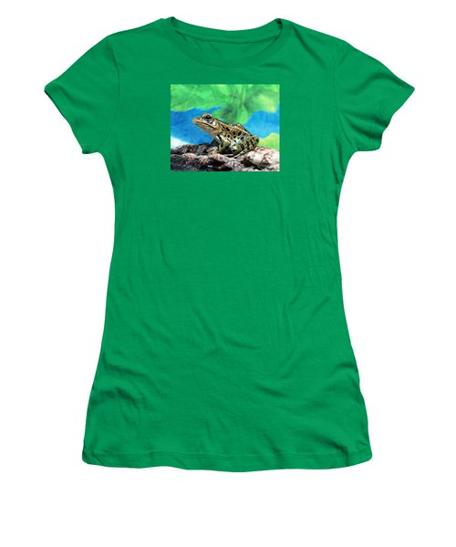 Tiny Frog Women's T-Shirt (Athletic Fit)