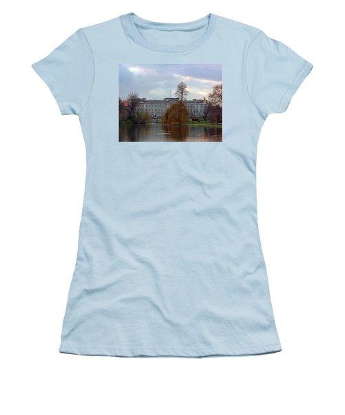 Buckingham Palace Women's T-Shirt (Junior Cut) by Lynn Bolt
