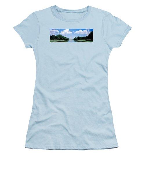 Washington Monument Washington Dc Women's T-Shirt (Junior Cut) by Panoramic Images