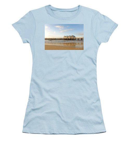 Busselton Jetty Women's T-Shirt (Athletic Fit)