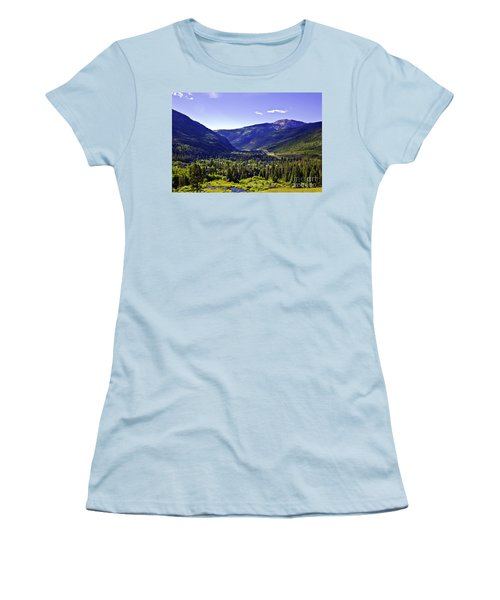 Vail Valley View Women's T-Shirt (Athletic Fit)
