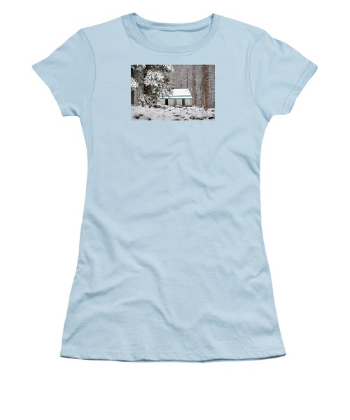 Women's T-Shirt (Junior Cut) featuring the photograph Alfred Reagan's Home In Snow by Debbie Green