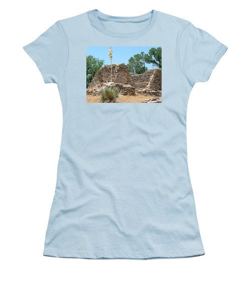 Aztec Ruins National Monument Women's T-Shirt (Athletic Fit)