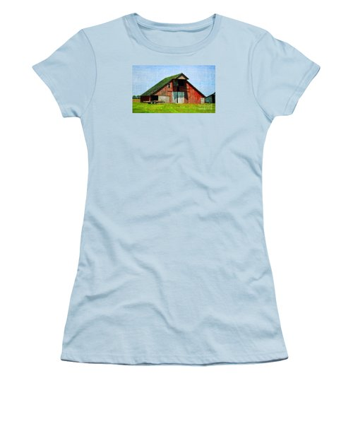 Barn - Central Illinois - Luther Fine Art Women's T-Shirt (Athletic Fit)