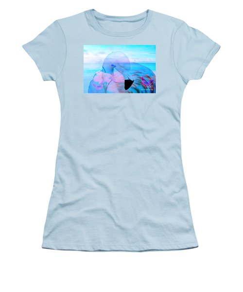 Beautiful Flamingo Women's T-Shirt (Athletic Fit)