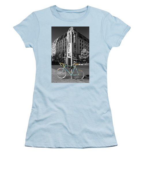 Berlin Street View With Bianchi Bike Women's T-Shirt (Athletic Fit)