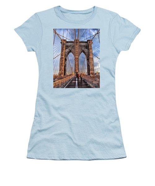 Women's T-Shirt (Junior Cut) featuring the photograph Brooklyn Bridge by Paul Fearn