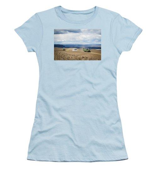 Women's T-Shirt (Junior Cut) featuring the photograph Buses Of Landmannalaugar by Peta Thames