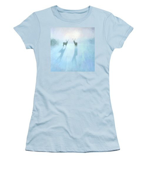 Call Of The Arctic Women's T-Shirt (Athletic Fit)