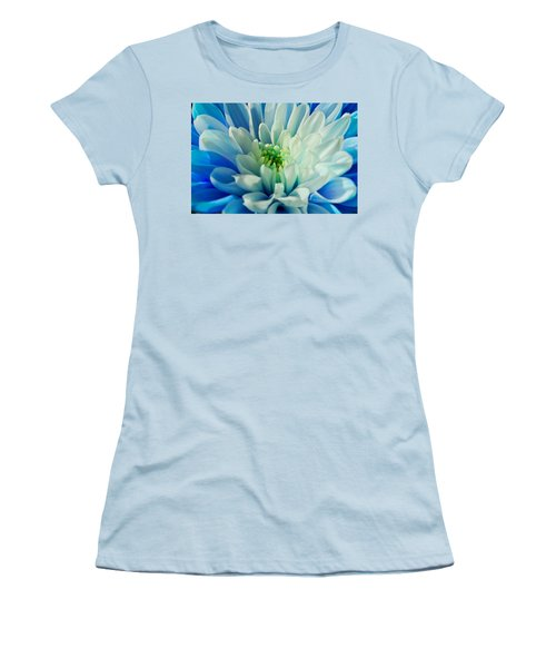 Chrysanthemum Women's T-Shirt (Athletic Fit)