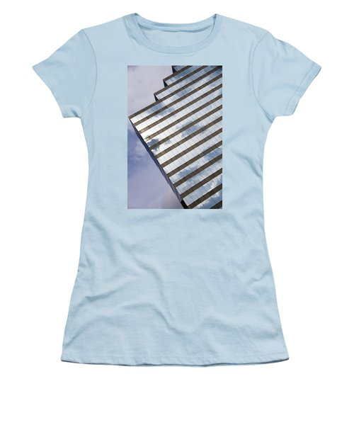 City Cloudscape Women's T-Shirt (Athletic Fit)