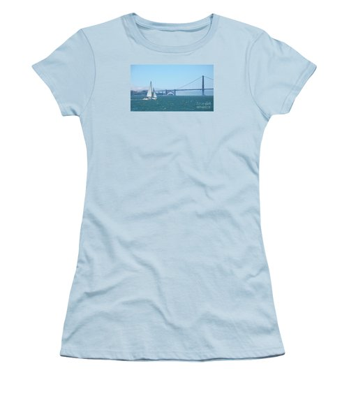 Classic San Francisco Bay Women's T-Shirt (Athletic Fit)