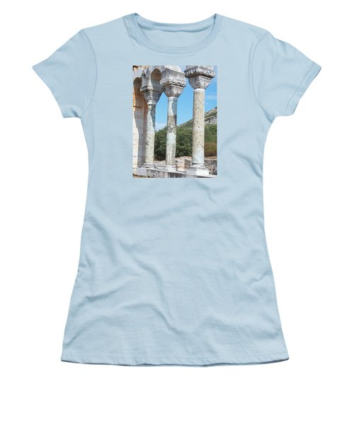 Columns Women's T-Shirt (Athletic Fit)