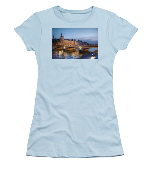 Women's T-Shirt (Junior Cut) featuring the photograph Conciergerie And Pont Napoleon At Twilight by Jennifer Ancker