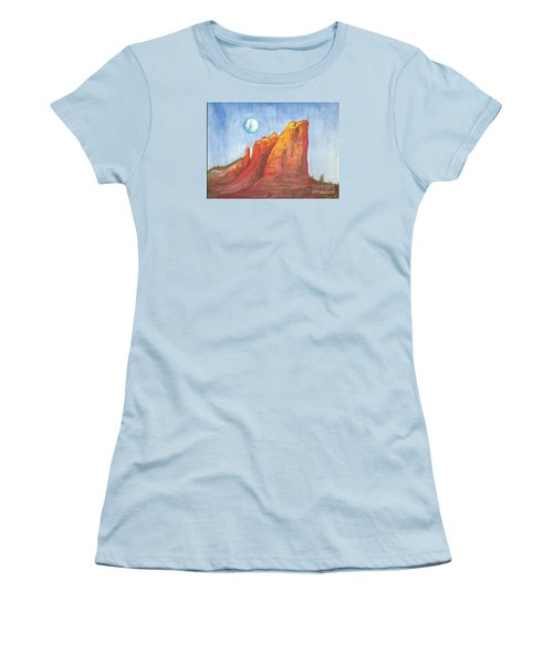 Court House Butte  Women's T-Shirt (Athletic Fit)