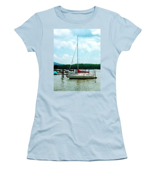 Women's T-Shirt (Junior Cut) featuring the photograph Docked On The Hudson River by Susan Savad