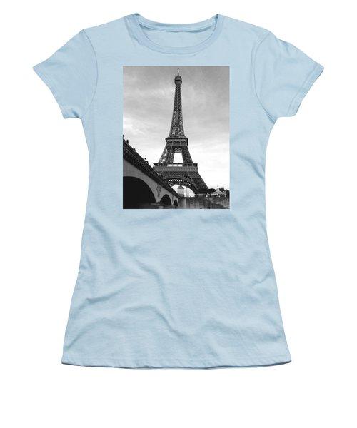 Eiffel Classic Women's T-Shirt (Athletic Fit)