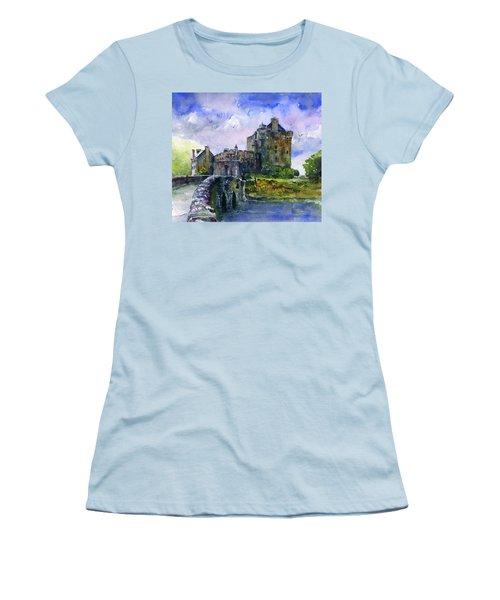 Eilean Donan Castle Scotland Women's T-Shirt (Athletic Fit)