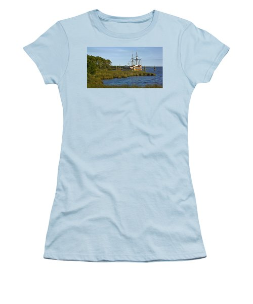 Women's T-Shirt (Junior Cut) featuring the photograph Elizabeth II In Port  by Greg Reed