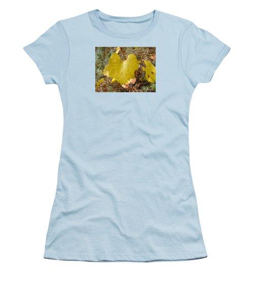 Fall Colors 6302 Women's T-Shirt (Junior Cut) by En-Chuen Soo