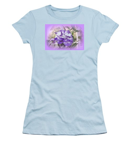 Women's T-Shirt (Junior Cut) featuring the photograph Flower In A Haze by Linda Prewer