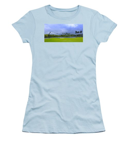 Golfer's Paradise Women's T-Shirt (Athletic Fit)