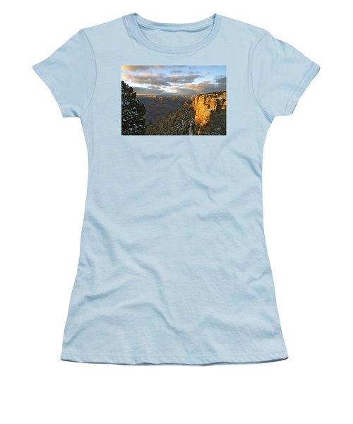 Grand Canyon. Winter Sunset Women's T-Shirt (Junior Cut) by Ben and Raisa Gertsberg