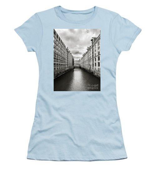 Hamburg Speicherstadt Women's T-Shirt (Athletic Fit)