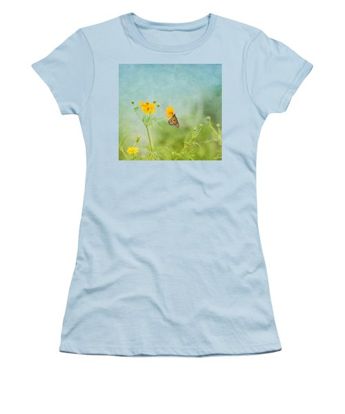 In The Garden - Monarch Butterfly Women's T-Shirt (Athletic Fit)
