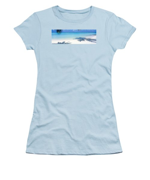 Laguna Maldives Women's T-Shirt (Athletic Fit)