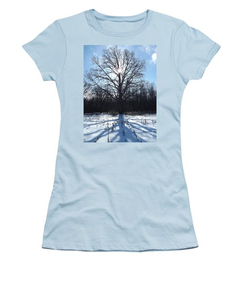 Mighty Winter Oak Tree Women's T-Shirt (Athletic Fit)
